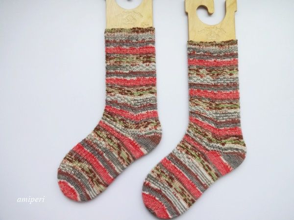 Show-off Stranded Socks 完成