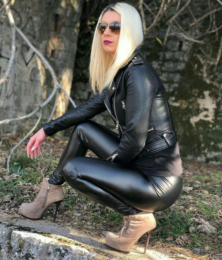 Von Leather 2019Leder Kangus Girls In Kangur Pin Auf IYygf6vmb7