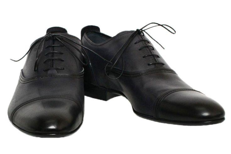 【ルイ・ #ヴィトン ストレートチップ メンズシューズ 革靴 サイズ8】ルイ・ヴィトンのスタイリッシュなメンズシューズです。艶消しタイプのややヴィンテージ風のレザーを使用しており、甲の部分とかかと側面に「 #LV 」ロゴが入っています。スーツスタイルにはぴったりな高級感あふれるデザインです。画像をクリックして頂きますと、詳細ページをご覧頂けます。 #セブンマルイ質店 TEL06-6314-1005