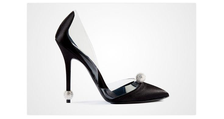 """Les escarpins """"Marlène"""" de Roger Vivier, collection Rendez-Vous http://www.vogue.fr/mode/les-shoes-de-la-semaine/diaporama/les-escarpins-marlene-de-roger-vivier-collection-rendez-vous/19480"""
