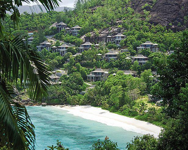Four Seasons Resort Seychellen, Strand