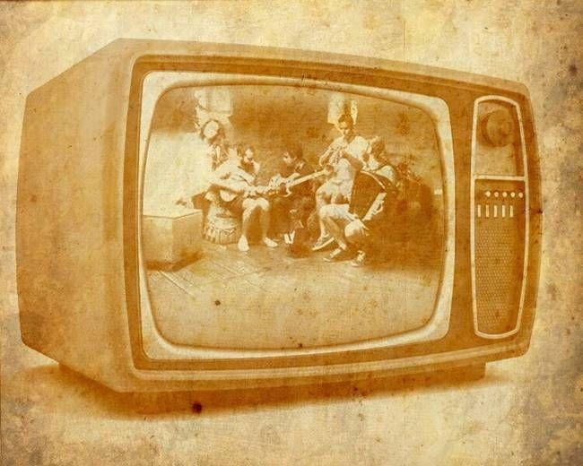 Το musicity.gr επιλέγει το τραγούδι της εβδομάδας 2/2! Μουσική υπόκρουση απο Carte Postale, «Rio». Εικόνες, σκέψεις και βηματισμοί λίγο μπρος, λίγο πίσω. Χορός λαμπερός. Ρετρό ποπ, νέο φολκ ροκ μελωδίες και ρομαντισμός παντού. Ροδοπέταλα, τσάι του βουνού και νότες σε δίεση.