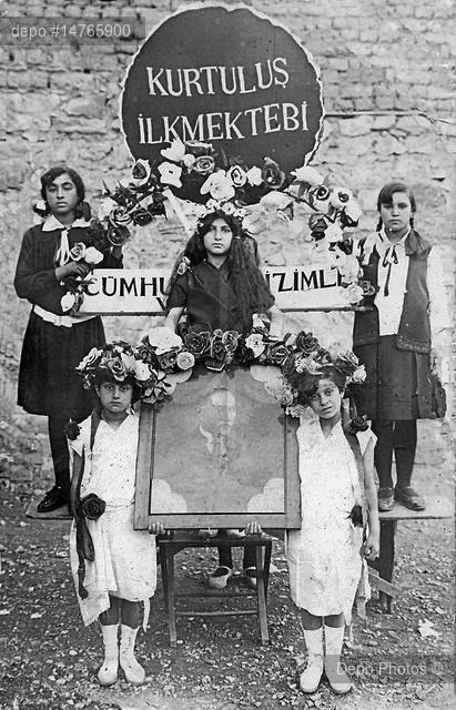 1930 yılında Kahramanmaraş'taki Cumhuriyet Bayramı törenlerinden.