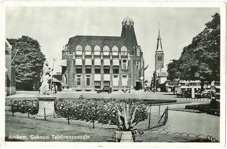 Arnhem: de oude Telefooncentrale aan het Velperplein, rond 1930