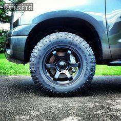 99 5 2012 tundra toyota leveling kit fn wheels bfd black gunmetal aggressive 1 outside fender