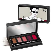 We're bringing you a serious case of nostalgia with this trio of Vice Lipstick Palettes featurin...