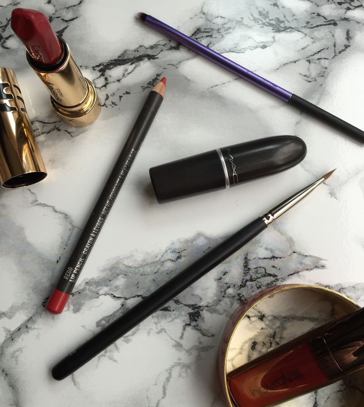 How to Wear Red Lipstick http://www.asliorhon.com/en/how-to-wear-red-lipstick/