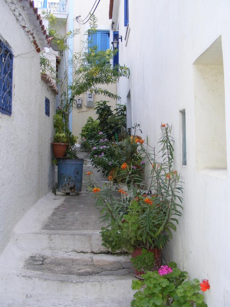 Quaint alleyway on the Greek Island of Poros