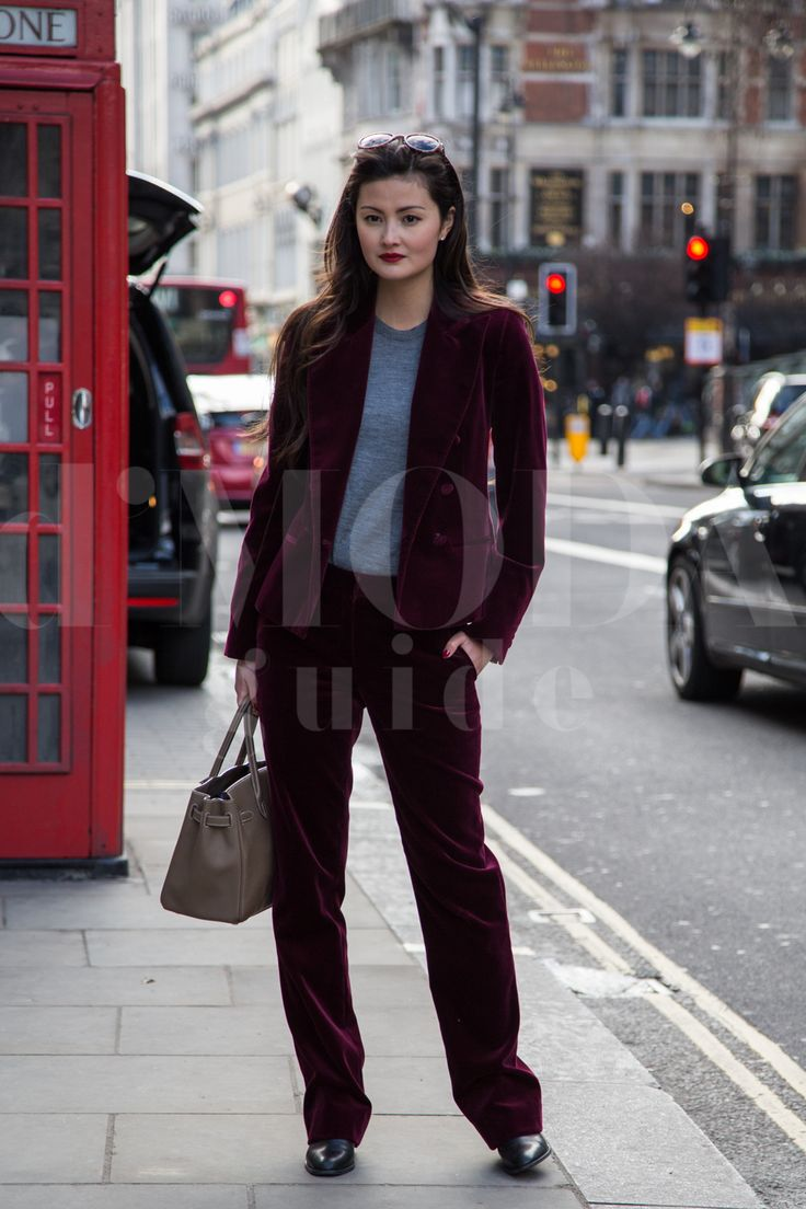 London Fashion Week 2015 credits: Andrea Pacini for DMODAGUIDE  #lfw #london #fashion #week #2015 #dmodaguide #hardkore79 #street #style #streetstyle #moda #blogger #model #look #outfit #woman #photo #Andrea #pacini