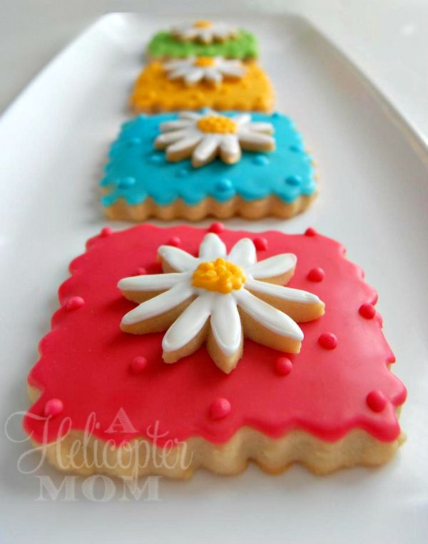 Spring Flowers Cookies - Recipe for awesome cookie cutter dough that doesn't spread! #cookie #tips #recipe