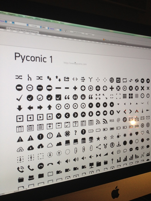 Pyconic 1 - Little preview of my first set icons.