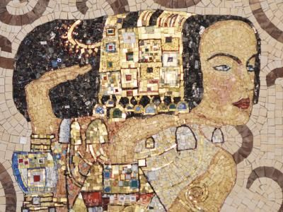 Mosaico+ Artistic Mosaics - Gustav Klimt | L'Attesa  #mosaicopiu #klimt #gustavklimt #attesa #waiting #thewaiting #art #artmosaic #mosaicart #artisticmosaic #mosaic #mosaico #mosaicinspiration #mosaicidea #craftmanship #handmade #designinspiration #artwork #italianart #italy #uniquemosaicart #lovemosaic #madeinitaly