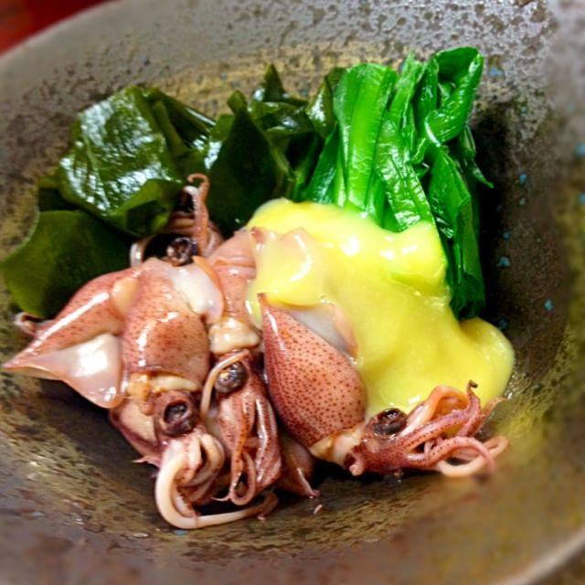 ワカメも新物が出てきて歯ごたえがあり美味しい季節♪ 栄養価の高い韮も今とってもお安くて、いまならではの簡単おかず^ ^ - 23件のもぐもぐ - 旬の副菜〜ほたるイカを酢味噌で味わう^ ^〜 by chisato331