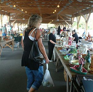 Antique Extravaganza Weekend in Lancaster County, PA    April 23-26, 2014; June 25-28, 2014; Sept 24-27, 2014