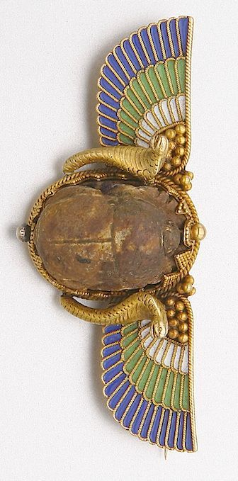 EGYPTIAN REVIVAL GOLD, ENAMEL AND ANCIENT SCARAB BROOCH, CIRCA 1880 Length 3 1/8 ins.