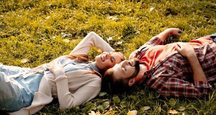 Γιατί τα ευτυχισμένα ζευγάρια δεν μιλούν για τη σχέση τους στα μέσα κοινωνικής δικτύωσης;