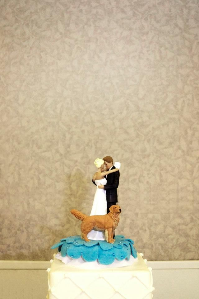 Bride groom and golden retriever cake topper from Etsy