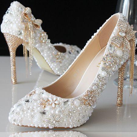 chaussure mariage blanche incrustées perles et strass escarpin blanc de mariée pas cher talons hauts or