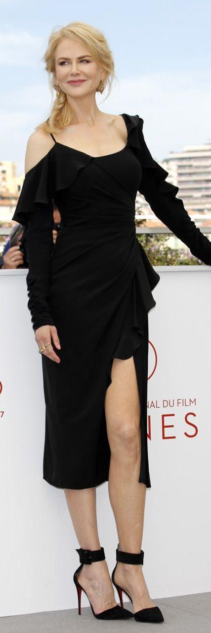 Who made Nicole Kidman's black ruffle dress and pumps?