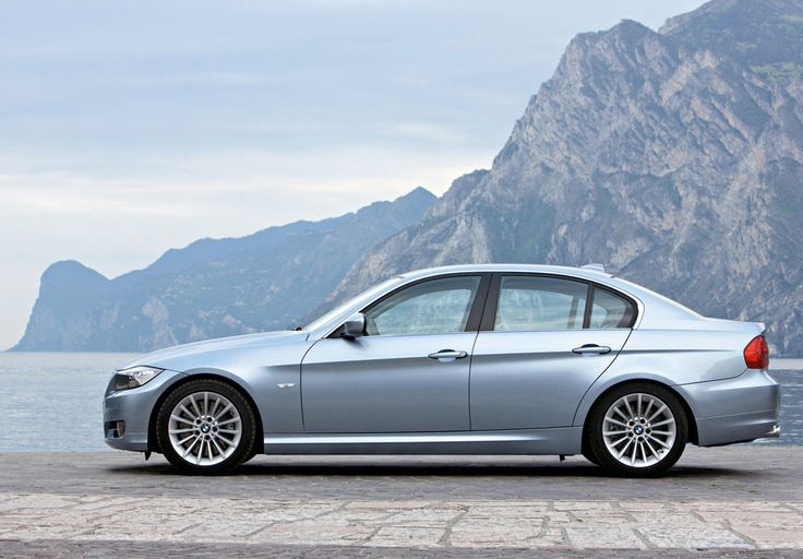BMW 3 Series models combine the joy of driving and practicality for daily use