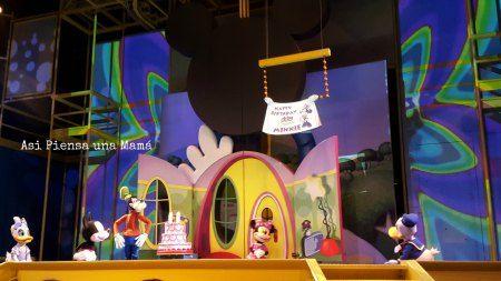 Disney Junior theatre. Disneyland Paris en invierno. Viajes con niños. Travelling with kids