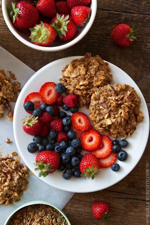 coconut breakfast cookies: 10 Clean, Clean Eating Recipes, Breakfast Cookies, Food Blog, Coco Nutti Breakfast, Coconutti Breakfast, Simple Coco Nutti, 15 Clean, Mornings Cookies