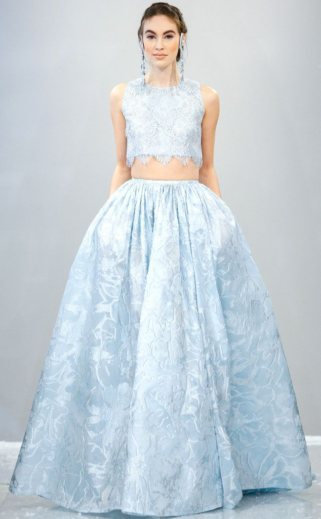 A blue, belly-baring wedding gown? Theia went there!