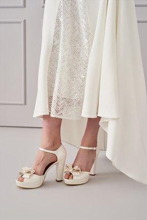 Trendyolmİlla Marka Trendyolmilla Beyaz Bilekten Bağlamalı Fiyonklu Kadın Platform Topuklu Ayakkabı || Beyaz Bilekten Bağlamalı Fiyonklu Kadın Platform Topuklu Ayakkabı TRENDYOLMİLLA Kadın                        http://www.1001stil.com/urun/4274483/trendyolmilla-beyaz-bilekten-baglamali-fiyonklu-kadin-platform-topuklu-ayakkabi.html?utm_campaign=Trendyol&utm_source=pinterest