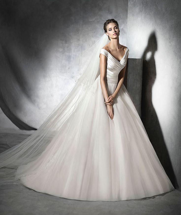 Pronovias 2016 | Vestido de noiva -  Modelo Presta em cetim e tule