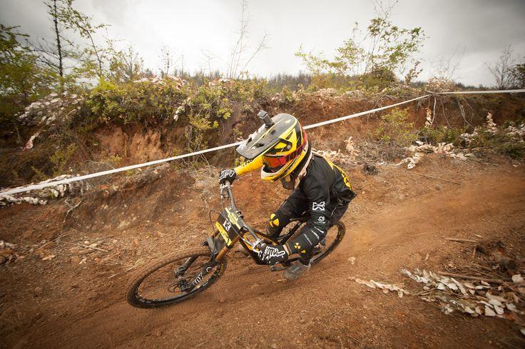 Revisa los mejores tiempos de la Copa Bike Adventure en Angol con puntos UCI Clase B parte del Tour Nacional de Downhill 2017.