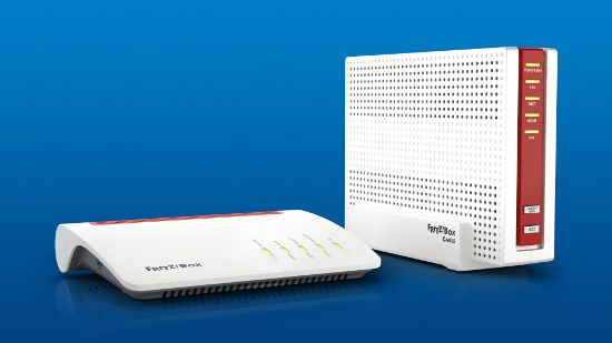 AVM auf der CeBIT 2017: AVM mit neuen Fritz-Boxen --VDSL mit 300 Mbit   Auf der diesjährigen Hannovermesse CeBIT 2017 hat der Fritz!Boxen Hersteller AVM zwei neue Modelle vorgestellt. Dabei geht es zum einem um eine neue VDSL Box zum anderen um eine Kabel-Box. Beide Modelle liefern dabei wieder noch mehr Leistung als die Vorgängermodelle und sind auch schon für Super-Vectoring mit 300 Mbit/s auf dem Telefonkabel und Kabel-Power mit bis zu 17 Gbit/s vorbereitet. ...mehr #Cebit2017…