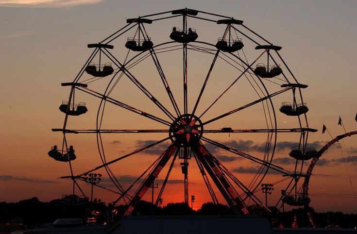 The Iowa State Fair!! http://www.iowastatefair.org/images/media-center/image-library/lg-midway.jpg