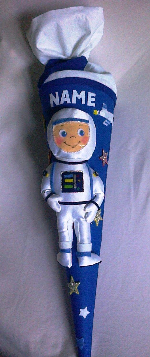 Schultüten - Schultüte mit Astronaut und Spaceshuttle - ein Designerstück von joyarts bei DaWanda