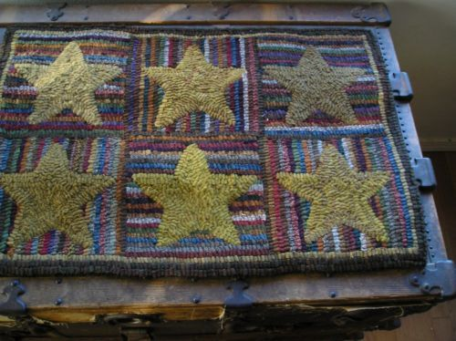 HAND-MADE-PRIMITIVE-HOOKED-RUG-HIT-AND-MISS-STARS-FOLK-ART