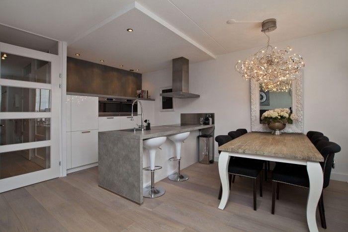 ... keuken met landelijke uitstraling. Te koop Beneluxlaan Almere-Poort