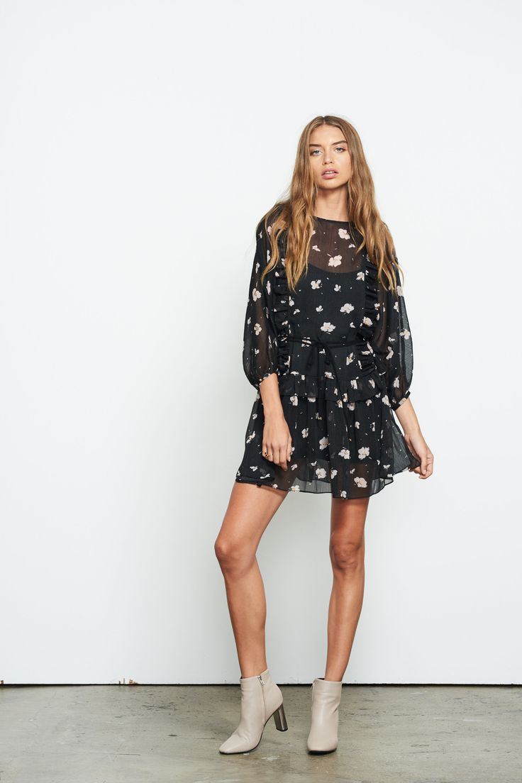 Stevie May - Whistlers Long Sleeved Mini Dress In Floral Print With Waist Tie