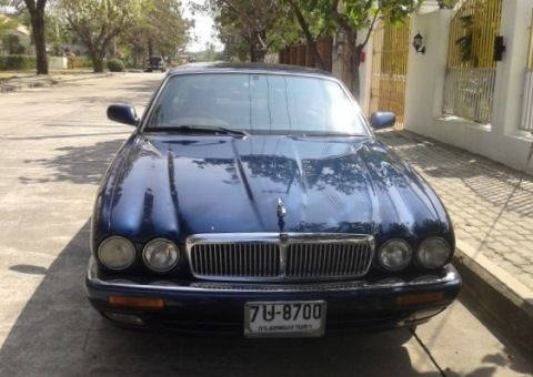 Jaguar X300 for sale in Pattaya / Thailand