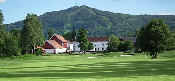 Aas Gaard Golfpark & Hakadal Golfklubb - Norway.