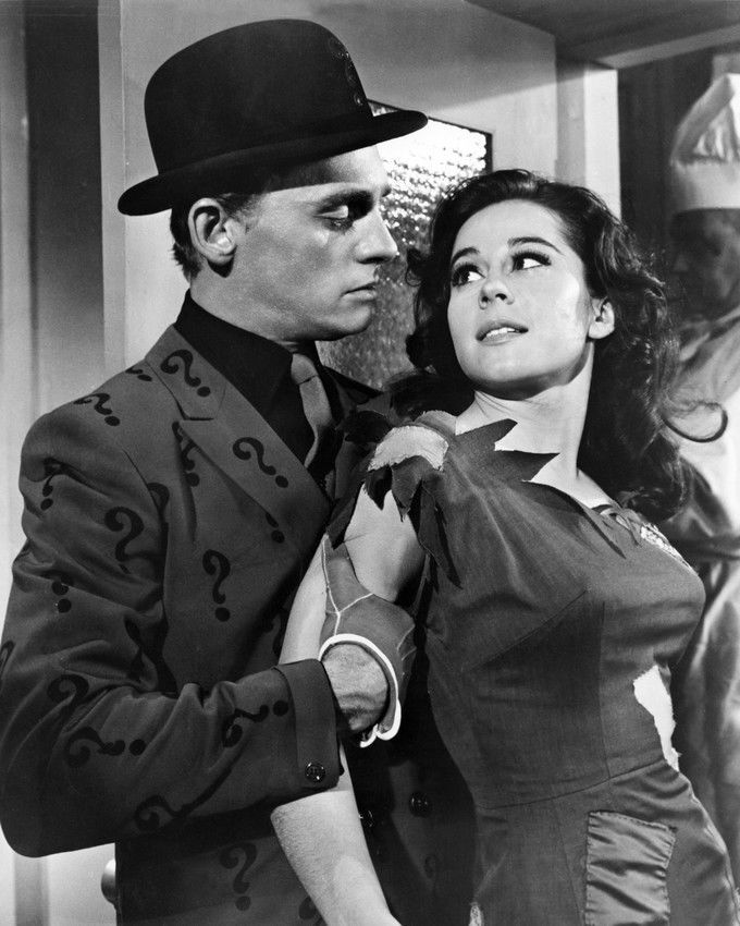 Frank Gorshin as the Riddler and Sherry Jackson in Batman 1966