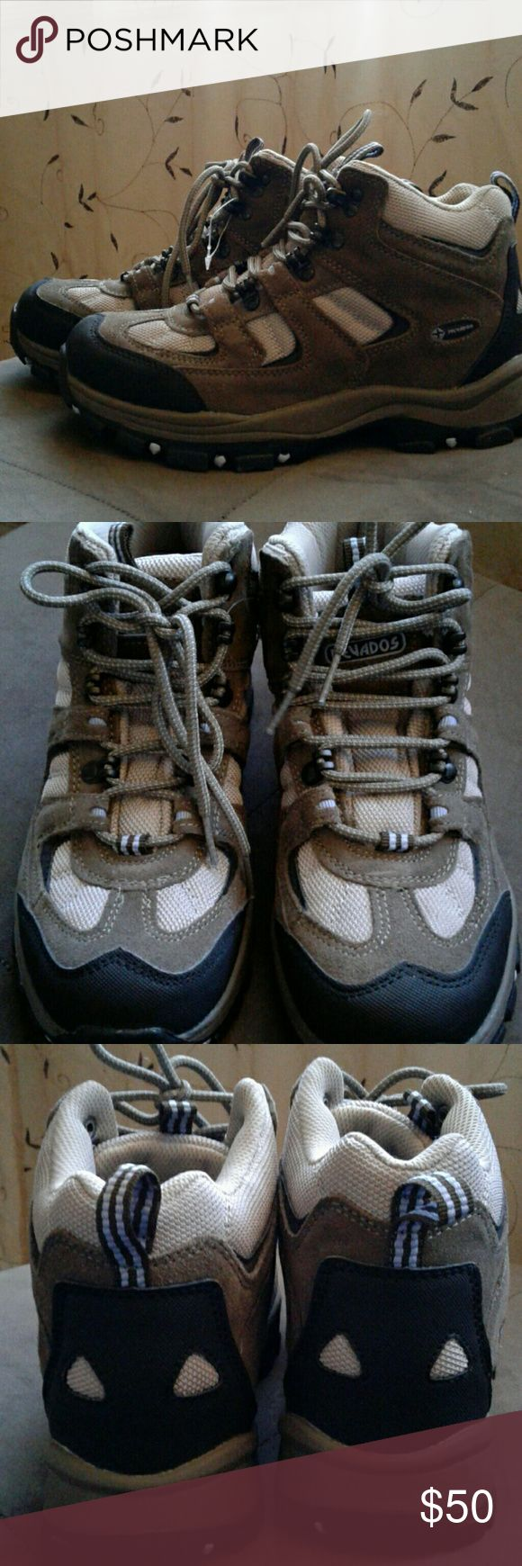 Nevados hiking boots Brand new nevados hiking boots with lavender detail. 7.5 ideal for wide feet Nevados Shoes Athletic Shoes