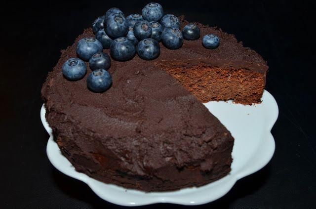 Mlsná máma : Čokoládový dort s mandlemi - vegan a bez lepku