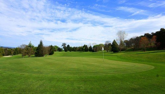 Enjoy 18 holes for 2 at the challenging and beautiful Safety Beach Country Club! This offer includes a shared motorised cart and a refreshing beer each after your rounds. Valued at $108, today only $39. Save 64%! #golf #golfvic