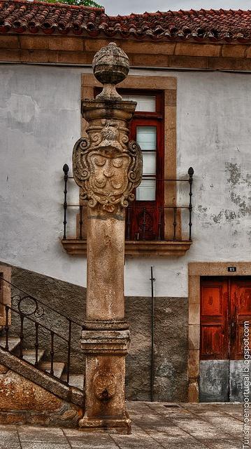 Pelourinho_de_Mirandela by TurismoenPortugal, via Flickr   #Portugal