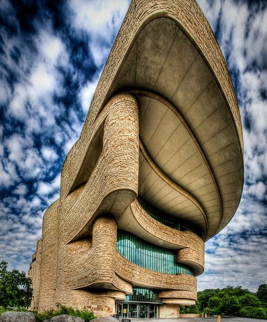 National Museum of the American Indian, Washington - reminds me of a pueblo
