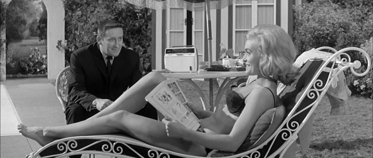 mickey spillane  | The Ultimate Guide To Mickey Spillane Books, Movies And Mike Hammer