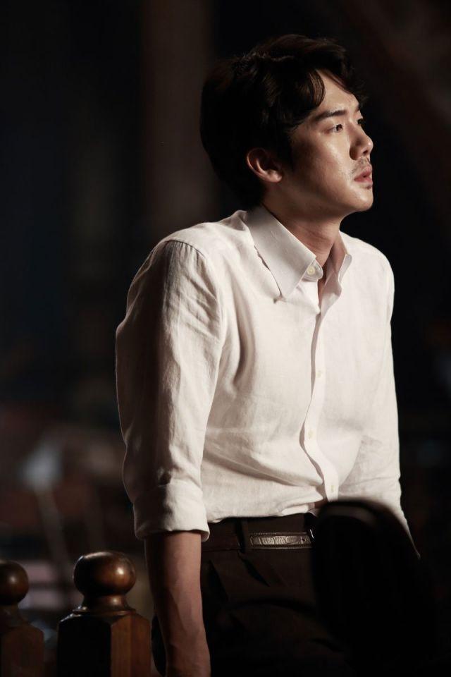 "[Photos] Added new Han Hyo-joo, Yoo Yeon-seok and Cheon Woo-hee stills for the upcoming Korean movie ""Haeeohwa"" @ HanCinema :: The Korean Movie and Drama Database"