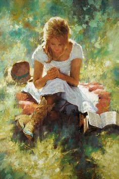 Be a woman who takes out time to pray and spend time with God.