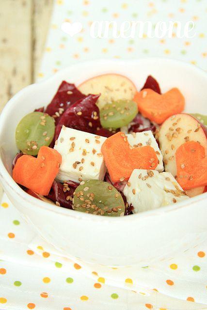 Insalata di mele, feta, uva bianca, radicchio e.. cuori di carota!  by anemone's corner, via Flickr