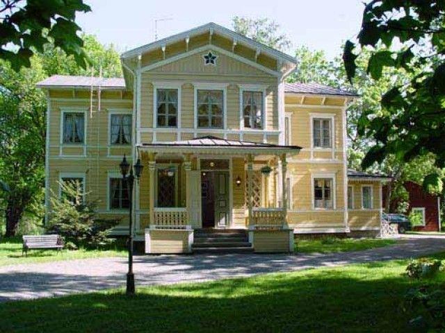 Inkalan Kartano - Inkala Manor. One of many Hämeenlinna manors. They have absolutely georgeous smoke sauna for example!