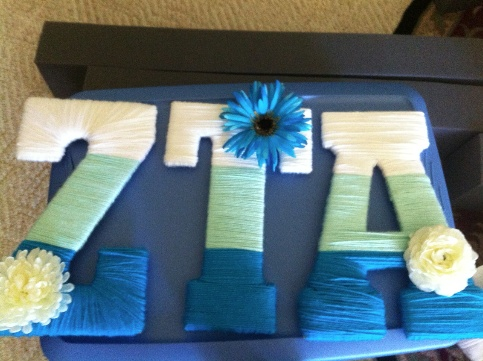 Adorable variation to painted letters - ZTA yarn letters